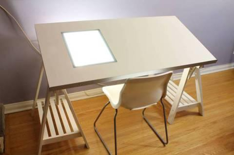 Amazing drafting table sold garage sale in providence ri - Table lit ordinateur ikea ...